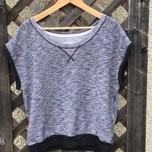 American Eagle grey & black t shirt